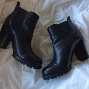 Chinese Laundry Black Heel Chelsea Boots